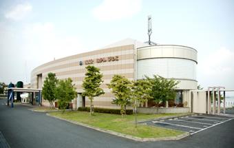 外観写真:KKRホテルびわこ