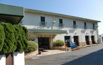 KKR江ノ島ニュー向洋(片瀬保養所)外観写真