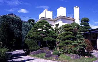 外観写真:KKR諏訪湖荘