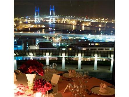 画像:宴会場から望む夜景