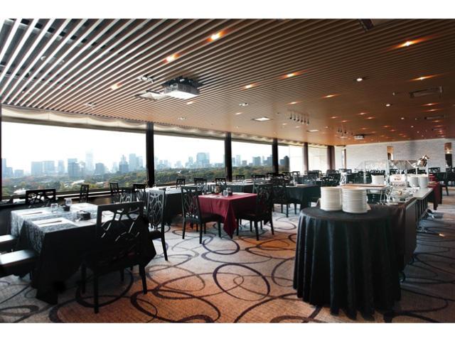 画像:皇居がご覧頂ける朝食会場
