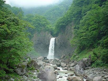 画像:苗名滝