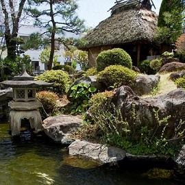 画像:日本庭園